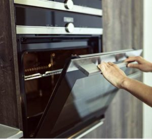 Pros and Cons Of Convection Oven vs Conventional Oven